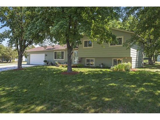 100 Marvin Elwood Road, Monticello, MN - USA (photo 1)