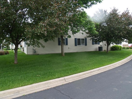 2427 Stearns Way, St. Cloud, MN - USA (photo 2)