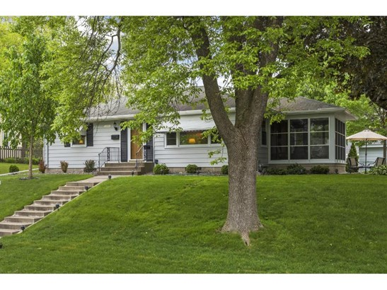2662 Parkview Boulevard, Robbinsdale, MN - USA (photo 1)