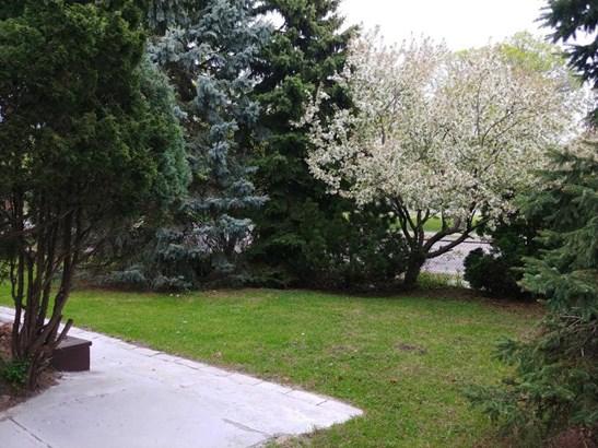 5900 69th Avenue N, Brooklyn Park, MN - USA (photo 3)