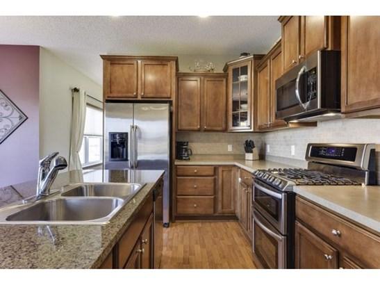 546 Franklin Avenue W, Delano, MN - USA (photo 5)