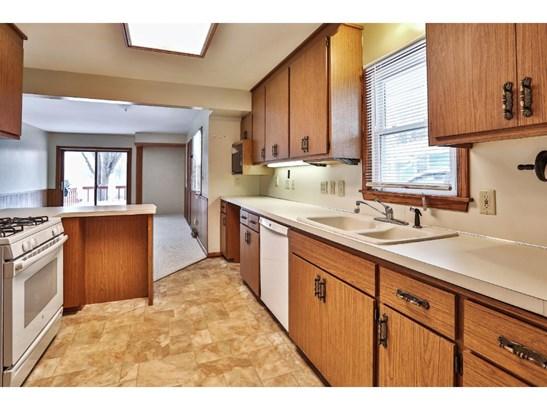 3807 Baillif Place, Bloomington, MN - USA (photo 5)