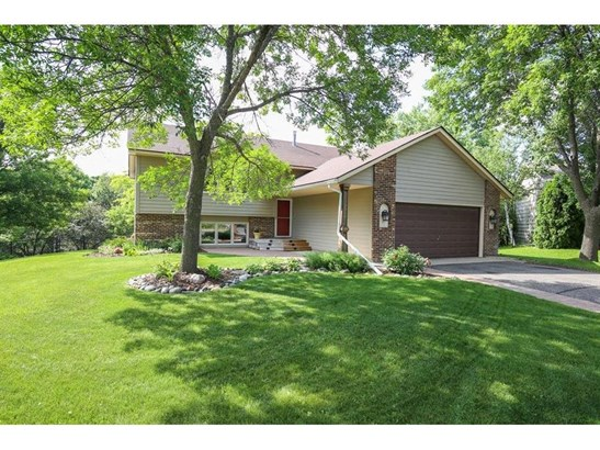 2916 Parkridge Knolls, Burnsville, MN - USA (photo 1)