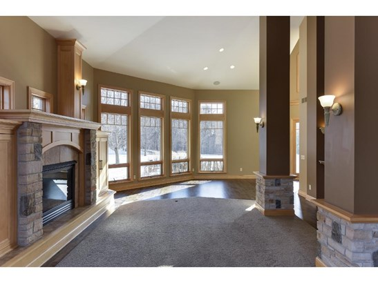 23210 Woodland Ridge Drive, Lakeville, MN - USA (photo 3)