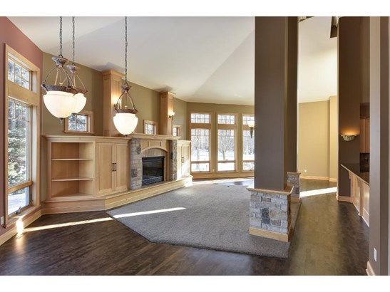23210 Woodland Ridge Drive, Lakeville, MN - USA (photo 4)