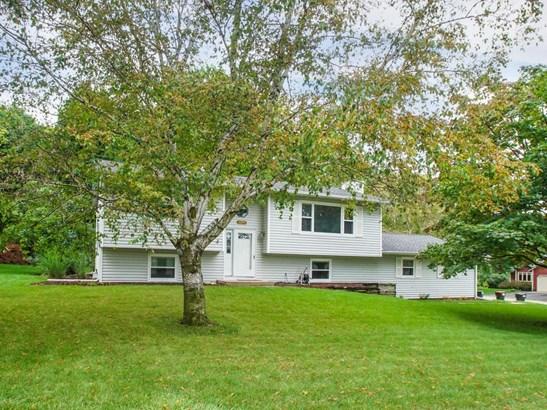 112243 Hutchins Court, Chaska, MN - USA (photo 2)