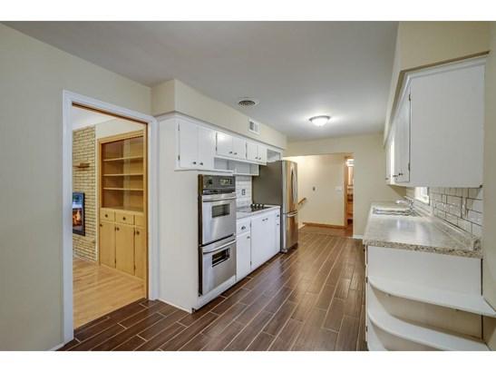 987 Diego Lane, Mendota Heights, MN - USA (photo 5)