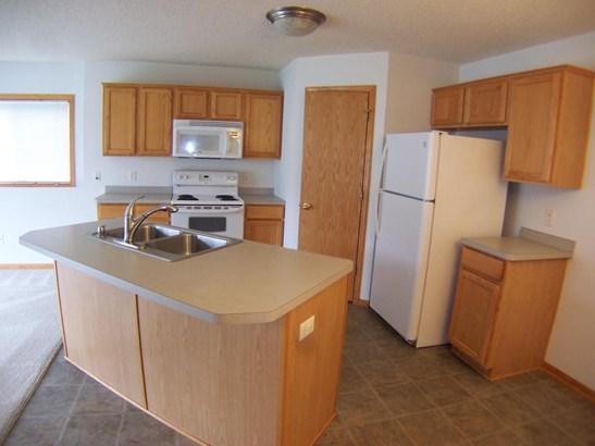 2773 Ridgeview Drive, Red Wing, MN - USA (photo 5)