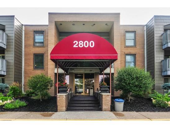 2800 Hamline Avenue N #306, Roseville, MN - USA (photo 1)