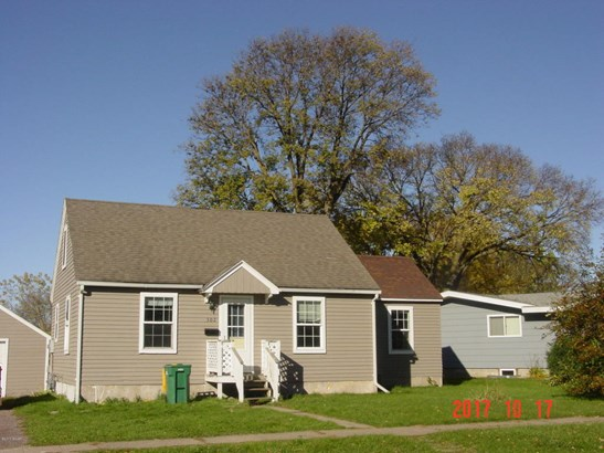 302 S 1st Street, Marshall, MN - USA (photo 1)