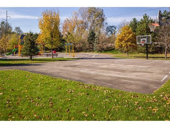 1550 Zarthan Avenue S #513, St. Louis Park, MN - USA (photo 5)