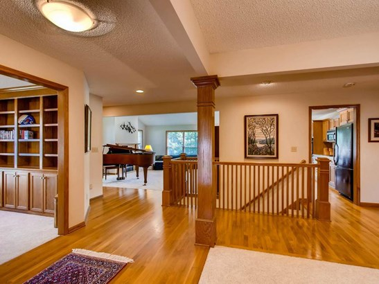 9753 Wedgewood Circle, Woodbury, MN - USA (photo 3)