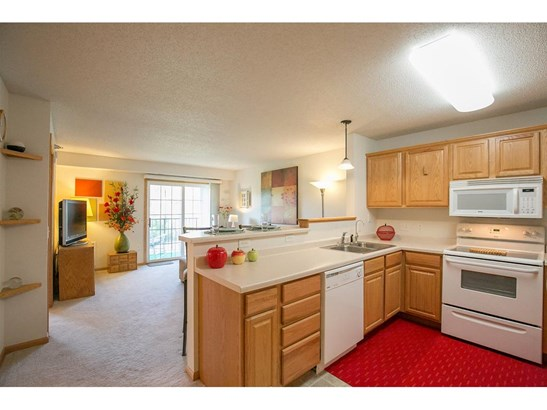 15570 Linnet Street Nw #2-205, Andover, MN - USA (photo 5)