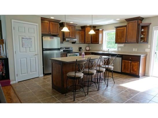 930 Cottonwood Avenue, Litchfield, MN - USA (photo 3)