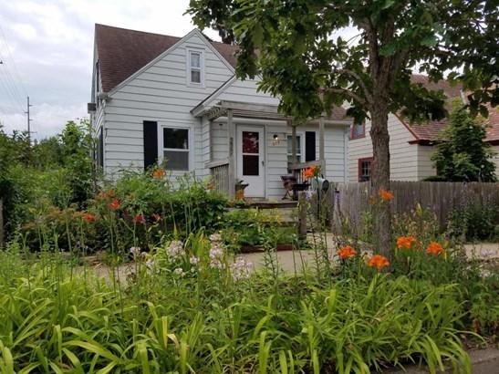 377 E 9th Street, Winona, MN - USA (photo 1)