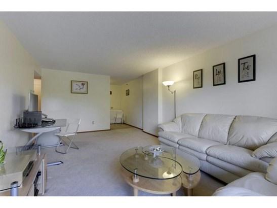 1225 Lasalle Avenue #604, Minneapolis, MN - USA (photo 4)