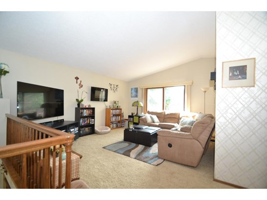 195 Galtier Place, Shoreview, MN - USA (photo 2)