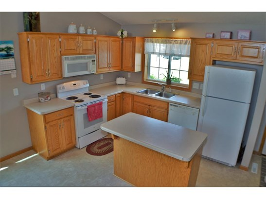 622 Hackberry Drive, St. Joseph, MN - USA (photo 2)