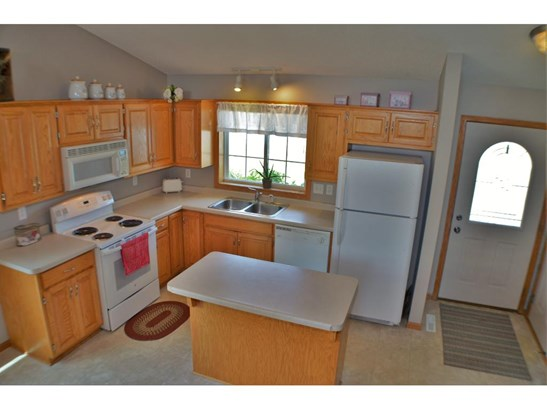 622 Hackberry Drive, St. Joseph, MN - USA (photo 5)