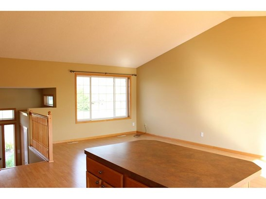 735 Isabella Avenue, Clearwater, MN - USA (photo 4)