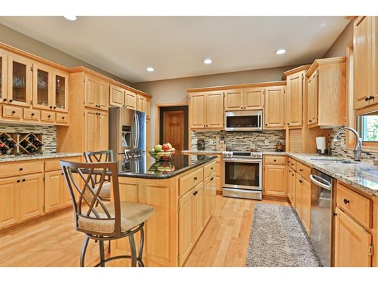 1758 Nokia Way, Eagan, MN - USA (photo 4)