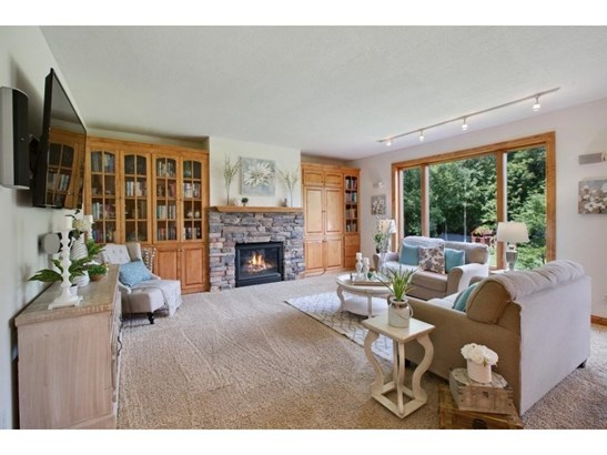 4080 Pipewood Court, Chanhassen, MN - USA (photo 1)