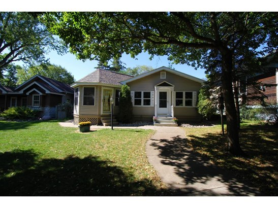 3285 Owasso Heights Road, Shoreview, MN - USA (photo 1)