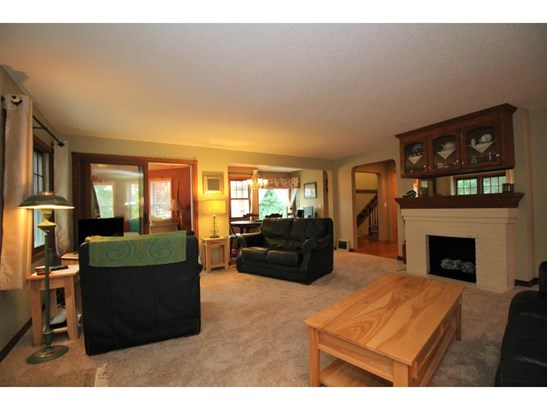 3285 Owasso Heights Road, Shoreview, MN - USA (photo 4)