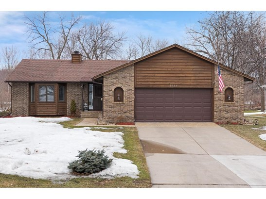 2739 Vale Crest Road, Crystal, MN - USA (photo 1)