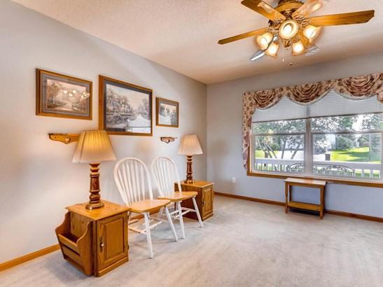 9044 Jergen Avenue S, Cottage Grove, MN - USA (photo 4)