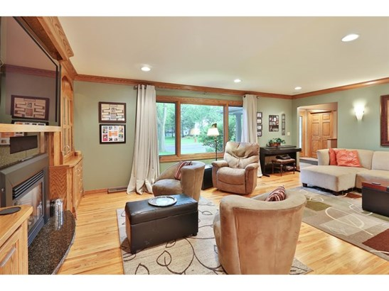 10145 Goodrich Road, Bloomington, MN - USA (photo 2)