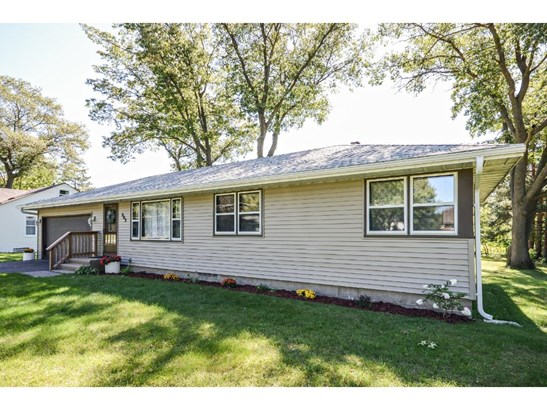 862 89th Avenue Nw, Coon Rapids, MN - USA (photo 2)