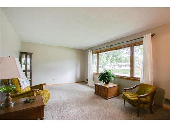 7812 Able Street Ne, Spring Lake Park, MN - USA (photo 3)