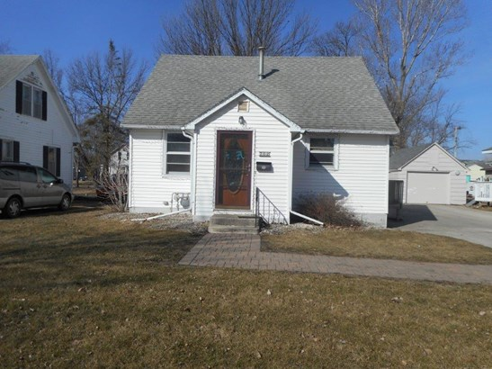 762 4th Avenue Sw, Wells, MN - USA (photo 1)