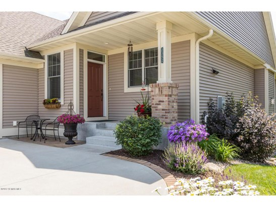 2352 Weston Place Sw, Rochester, MN - USA (photo 2)