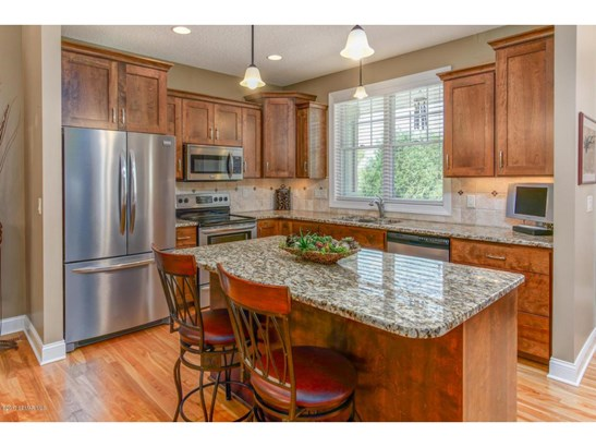 2352 Weston Place Sw, Rochester, MN - USA (photo 4)