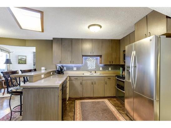 9200 Briar Lane, Bloomington, MN - USA (photo 1)