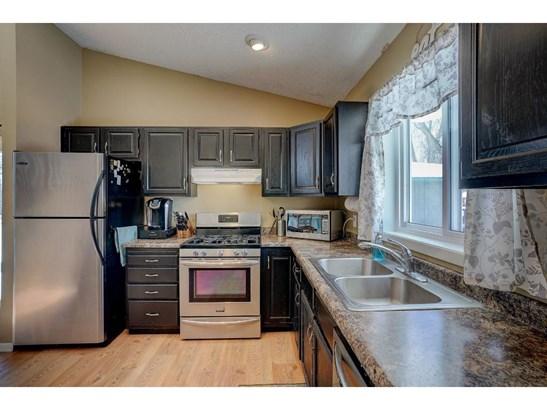 9779 Heath Avenue S, Cottage Grove, MN - USA (photo 3)