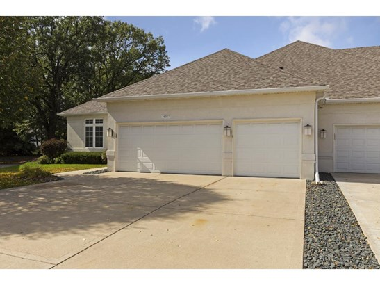 16557 Iredale Court, Lakeville, MN - USA (photo 2)
