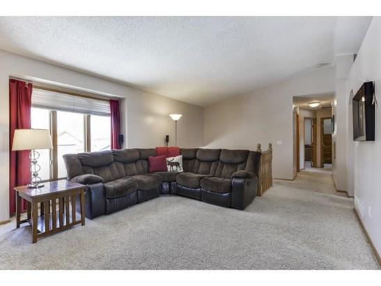 8219 Jensen Avenue S, Cottage Grove, MN - USA (photo 5)