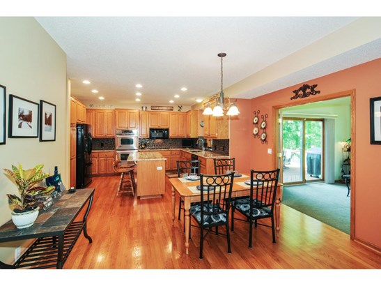 3869 Big Timber Trail, Eagan, MN - USA (photo 5)