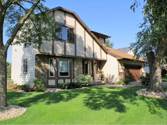 9013 Moorland Chase, Brooklyn Park, MN - USA (photo 1)