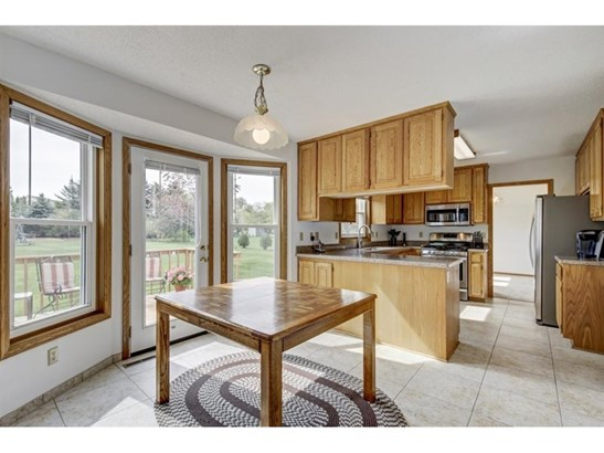 568 Coventry Parkway, Eagan, MN - USA (photo 4)
