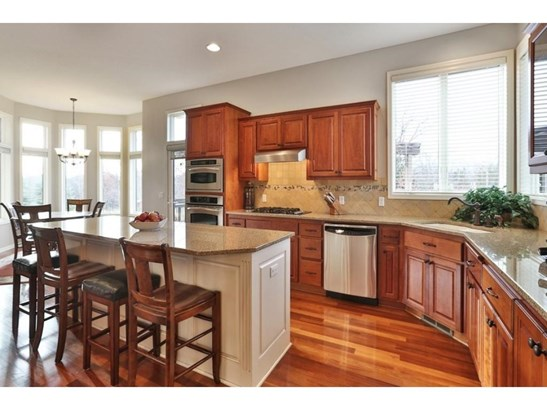 9924 Trails End Road, Chanhassen, MN - USA (photo 3)
