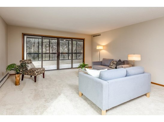 7250 Lewis Ridge Parkway #208, Edina, MN - USA (photo 2)