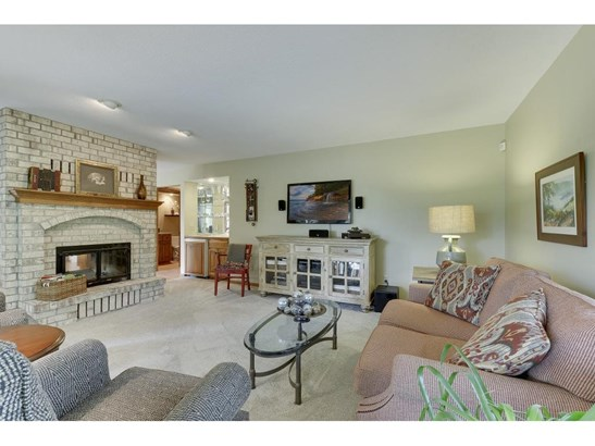 250 Lily Pond Lane, Vadnais Heights, MN - USA (photo 3)