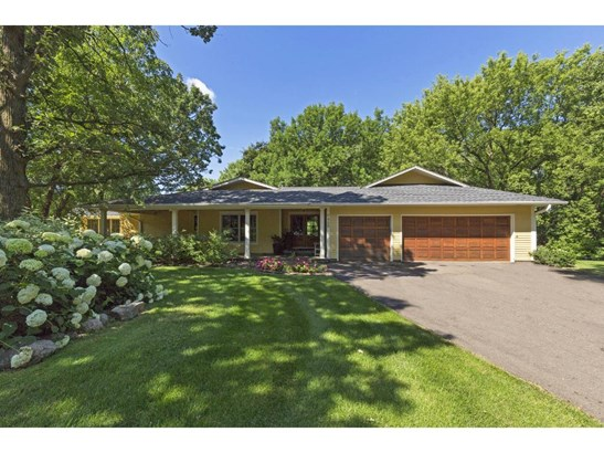 7420 Shannon Circle, Edina, MN - USA (photo 1)