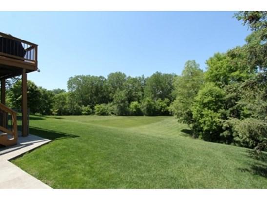 2104 Great Oaks Drive, Burnsville, MN - USA (photo 4)