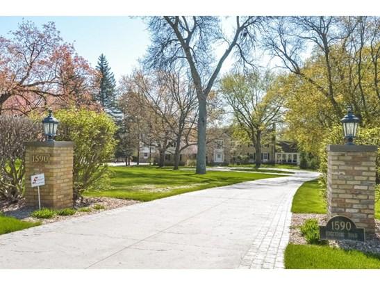 1590 Edgcumbe Road, St. Paul, MN - USA (photo 2)