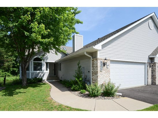 8235 Creekside Circle, Bloomington, MN - USA (photo 1)